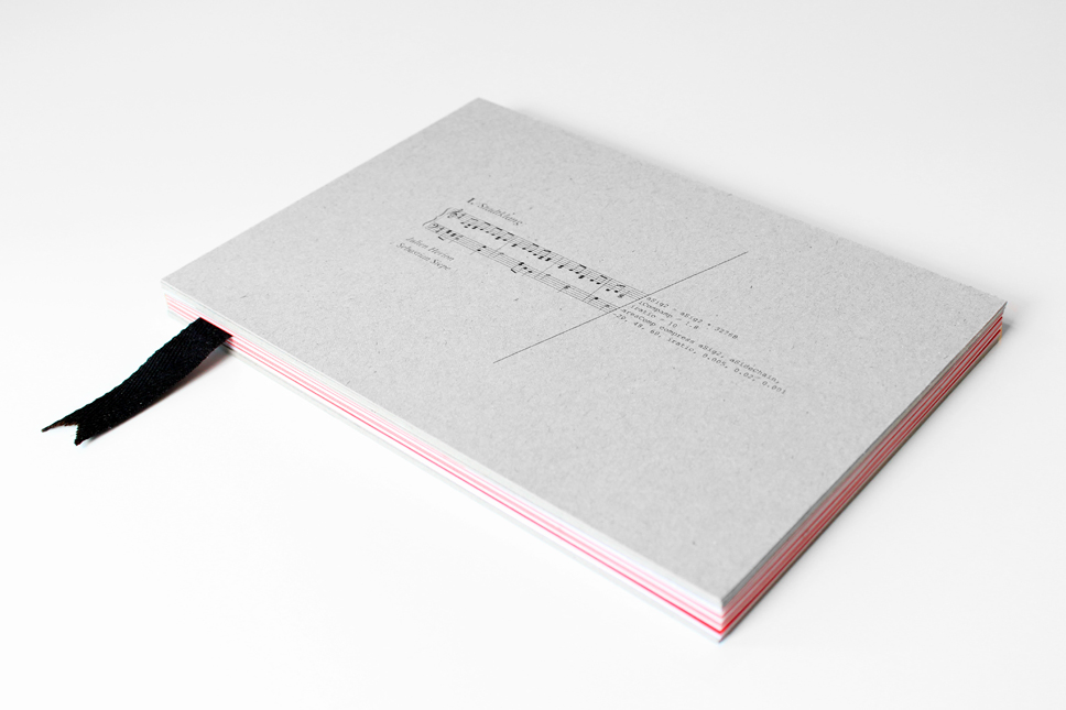 — The book in 4 mm hardcover